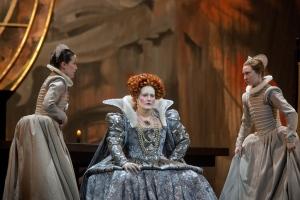 Elizabeth in Act II