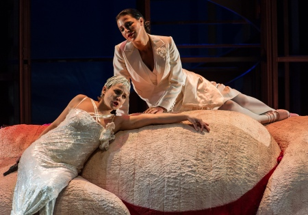 Lulu and Countess Geschwitz, all images WNO/ Clive Barda